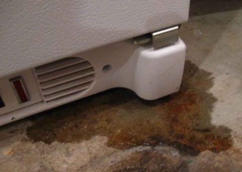 Почему не работает холодильник? Причины и ремонт